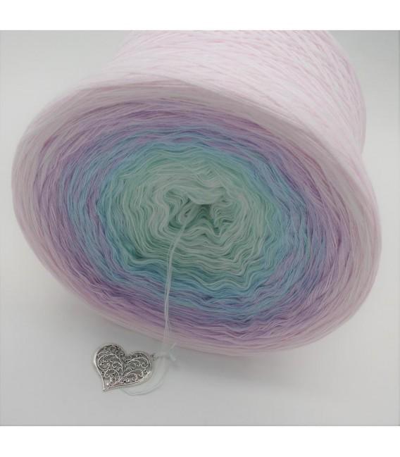 Träumendes Einhorn (Dreaming unicorn) - 4 ply gradient yarn - image 4