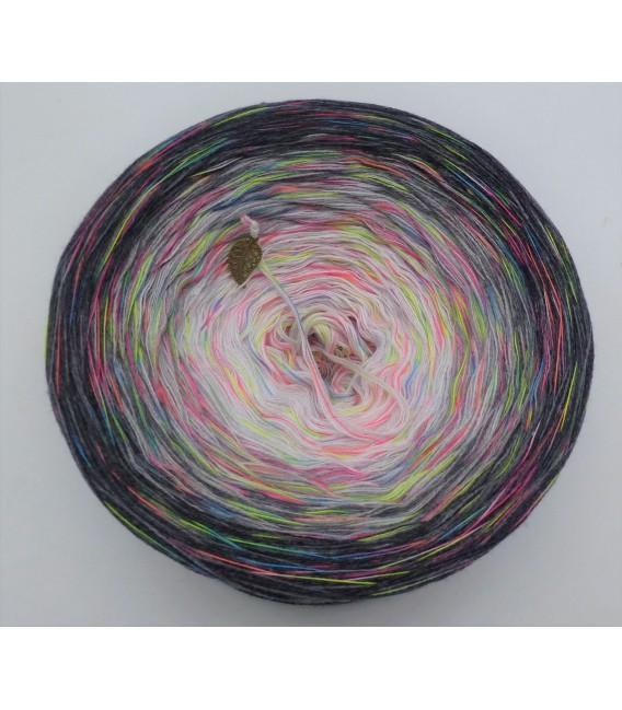 Spiel der Farben V01 - Farbverlaufsgarn 4-fädig - Bild 3