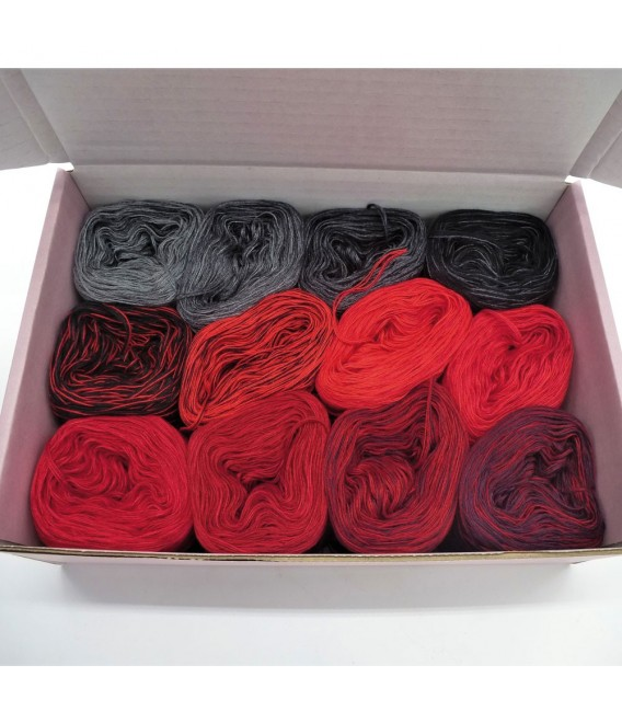 treasure chest - Diabolo - gradient yarn - image 1
