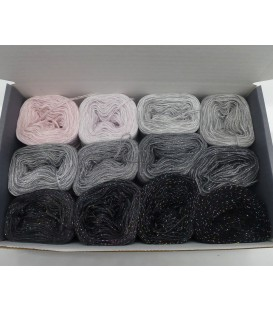 treasure chest - Sternenland - gradient yarn - image 1