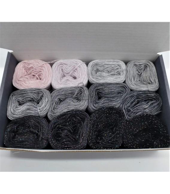 treasure chest - Sternenland - gradient yarn - image 2