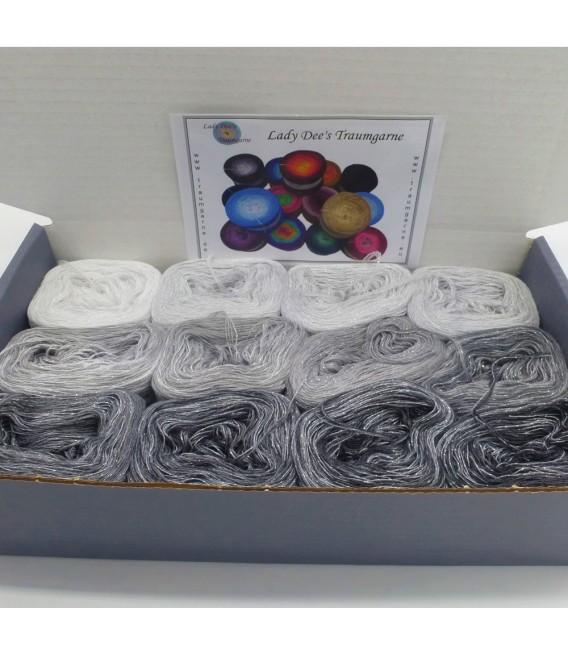 treasure chest - Land der funkelnden Kristalle - gradient yarn - image 3