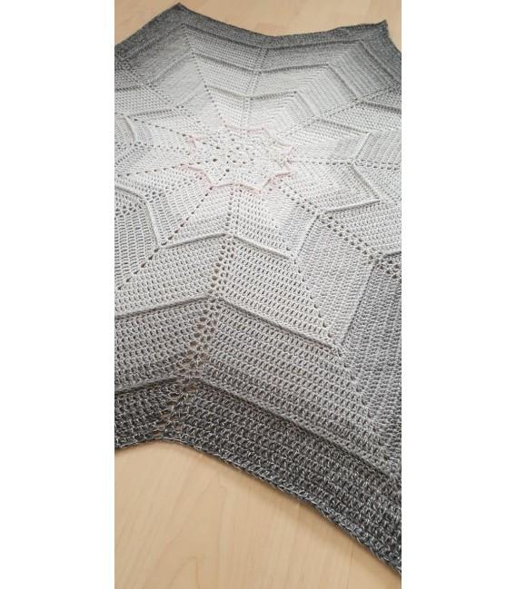 treasure chest - Land der funkelnden Kristalle - gradient yarn - image 9