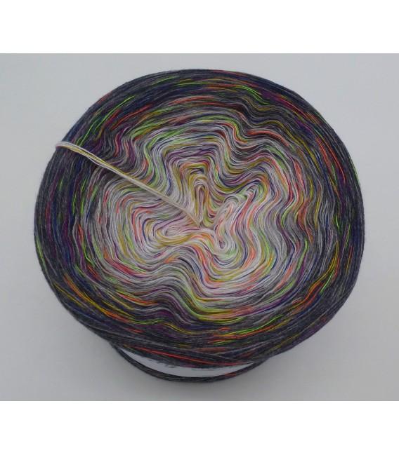 Spiel der Farben V05 (Game of colors) - 4 ply gradient yarn - image 3