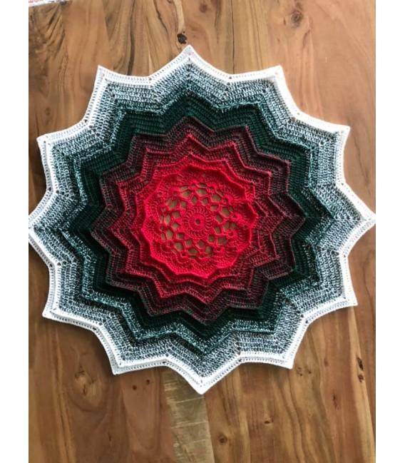 Merry Christmas - 3 ply gradient yarn - image 6