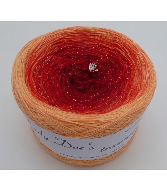 Dezember (December) Bobbel 2019 - 4 ply gradient yarn - image 2