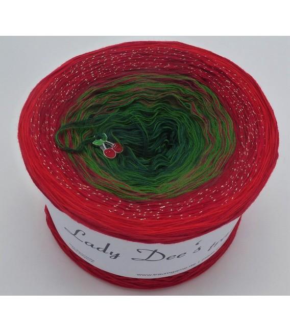 Wonder of Christmas - 4 ply gradient yarn - image 2