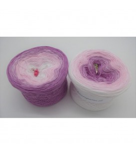 Zarte Rosenknospe (Delicate rosebud) - 3 ply gradient yarn - image 1