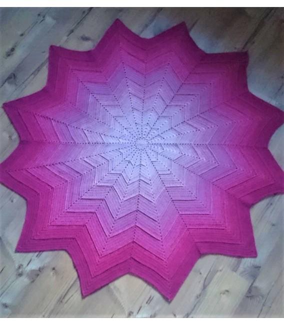 Dancing Queen - 4 ply gradient yarn - image 11