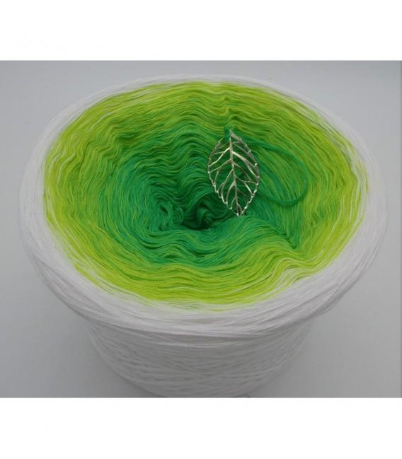 Erwachender Mai (May awakening) - 4 ply gradient yarn - image 4