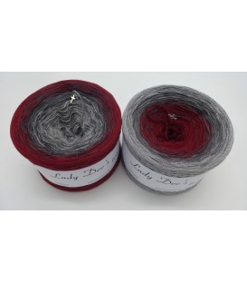 Stille Nacht 2019 - 4 ply gradient yarn