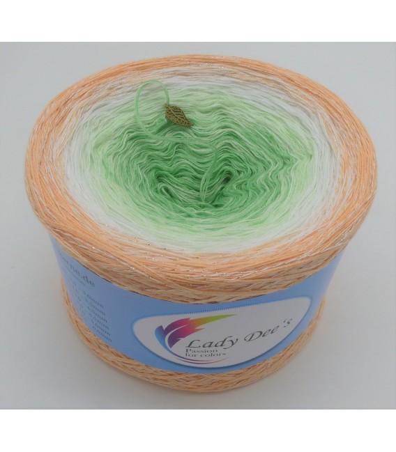 Januar (January) Bobbel 2020 with glitter - 4 ply gradient yarn - image 2