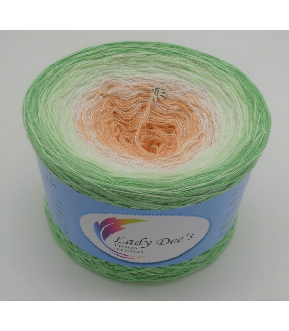 Januar (January) Bobbel 2020 with glitter - 4 ply gradient yarn - image 4