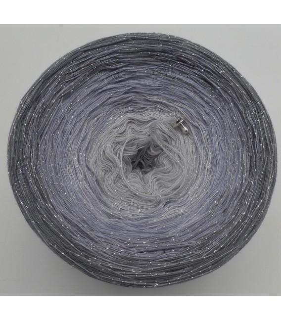 Silbermond mit Glitzer - Farbverlaufsgarn 3-fädig - Bild 5