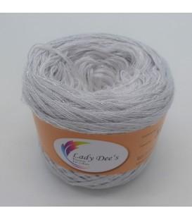 Sternchen der Schönheit (Asterisk of Beauty) - 4 ply gradient yarn - image 1