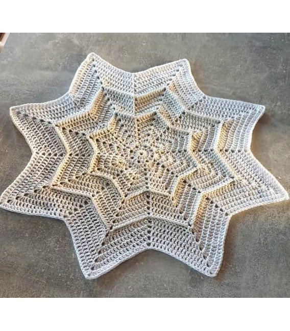 Sternchen der Engel (Asterisk of the angels) - 4 ply gradient yarn - image 4