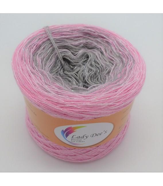 Sternchen der Freude (Asterisk of joy) - 4 ply gradient yarn - image 1