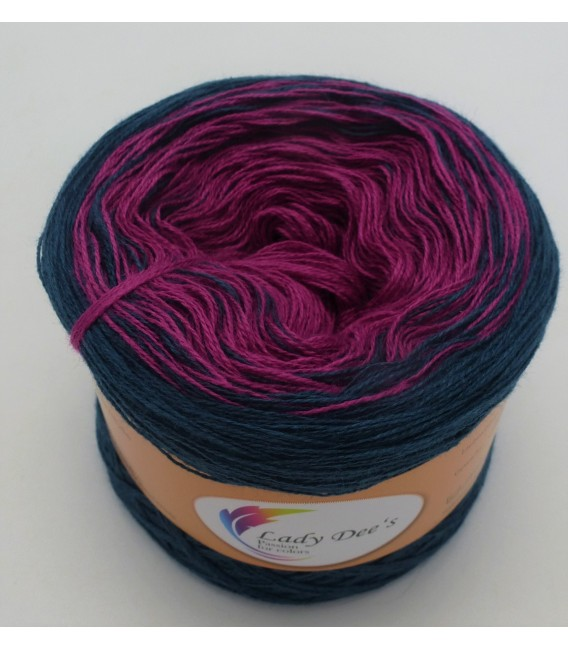 Sternchen der Stille (Asterisk of silence) - 4 ply gradient yarn - image 1