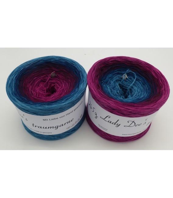 April Bobbel 2020 - 4 ply gradient yarn - image 1
