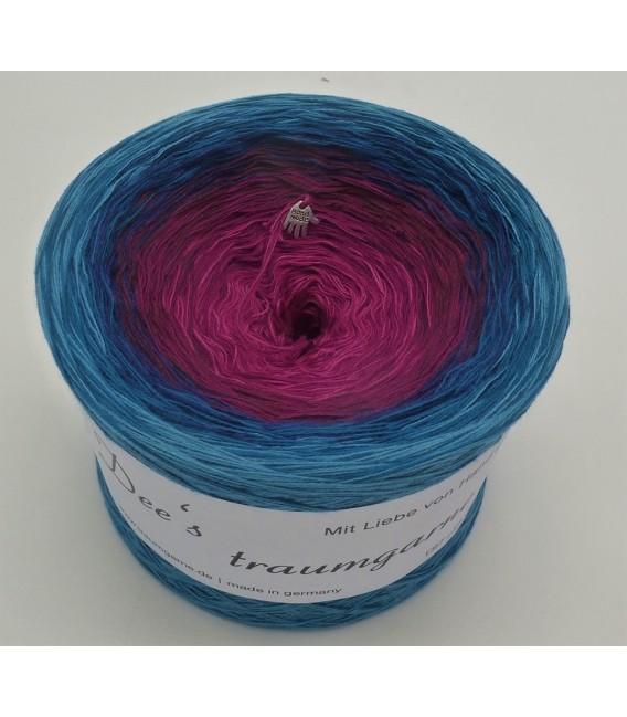 April Bobbel 2020 - 4 ply gradient yarn - image 2