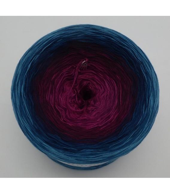 April Bobbel 2020 - 4 ply gradient yarn - image 3