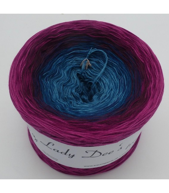 April Bobbel 2020 - 4 ply gradient yarn - image 4