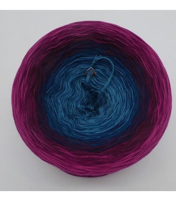 April Bobbel 2020 - 4 ply gradient yarn - image 5