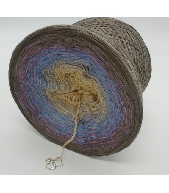 gradient yarn 4ply Weg zum Glück - taupe outside 4