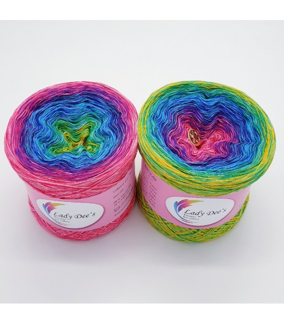 Crazy Oase 5 - 4 ply gradient yarn -  image 1