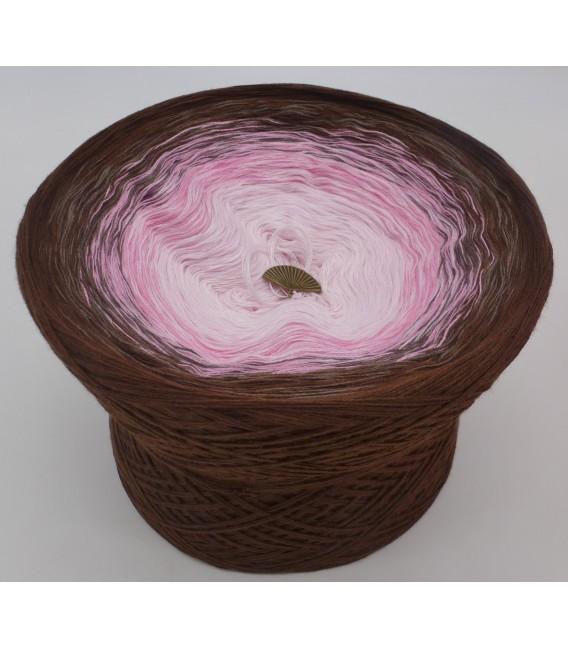 gradient yarn 4ply Sugar Babe - brown outside