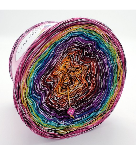 Crazy Oase 12 - 4 ply gradient yarn - image 3