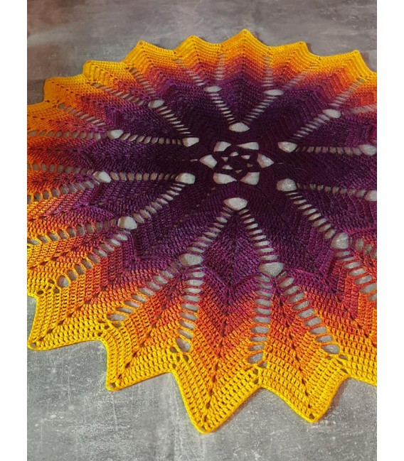 Oase im Sonnenuntergang (Oasis in the sunset) - 4 ply gradient yarn - image 11