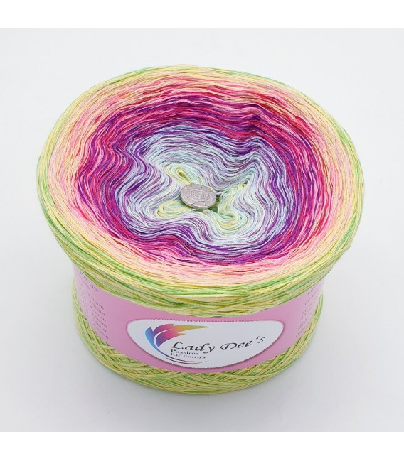 Oase des Pegasus (Oasis of Pegasus) - 4 ply gradient yarn -  image 2