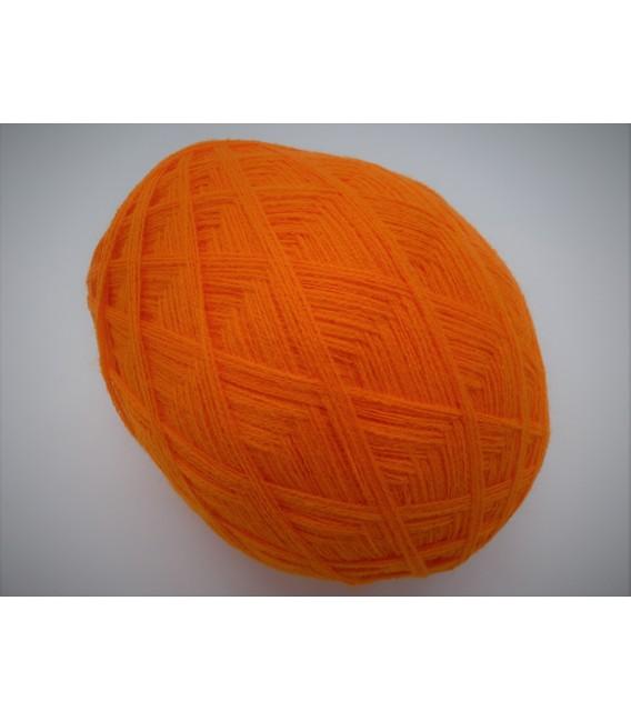 High bulk acrylic yarn - Blood orange - image 2