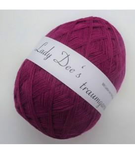 High bulk acrylic yarn - Ruby - image 1