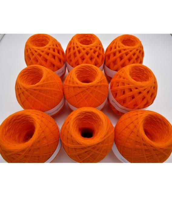 1kg High bulk acrylic yarn - Blood orange - 10 balls - image 5