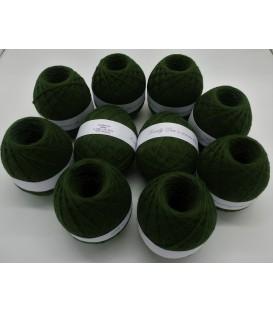 1kg High bulk acrylic yarn - fir green - 10 balls - image 1