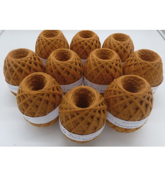 1kg High bulk acrylic yarn - Ladive - 10 balls - image 1