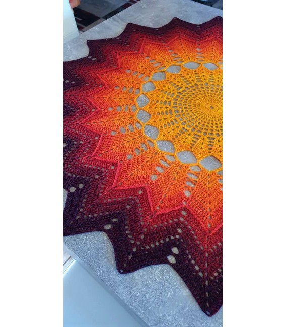 Hippie Lady - Sunshine - 4 ply gradient yarn - image 10