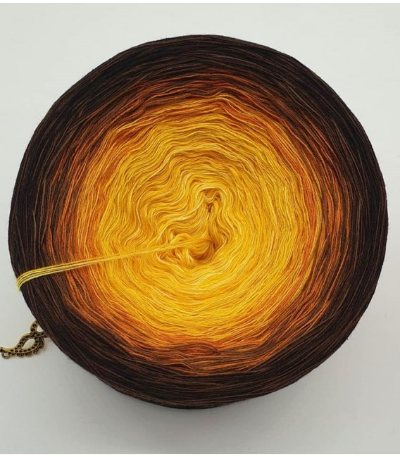 Sonnenblume (Sunflower) - 4 ply gradient yarn - image 6