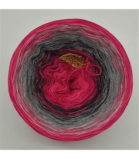 Hippie Lady - Angel - 4 ply gradient yarn - image 2