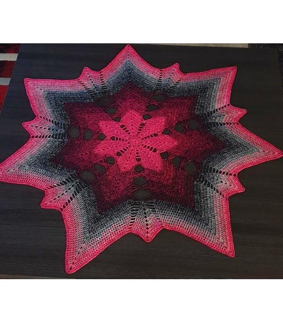 Hippie Lady - Angel - 4 ply gradient yarn - image 7