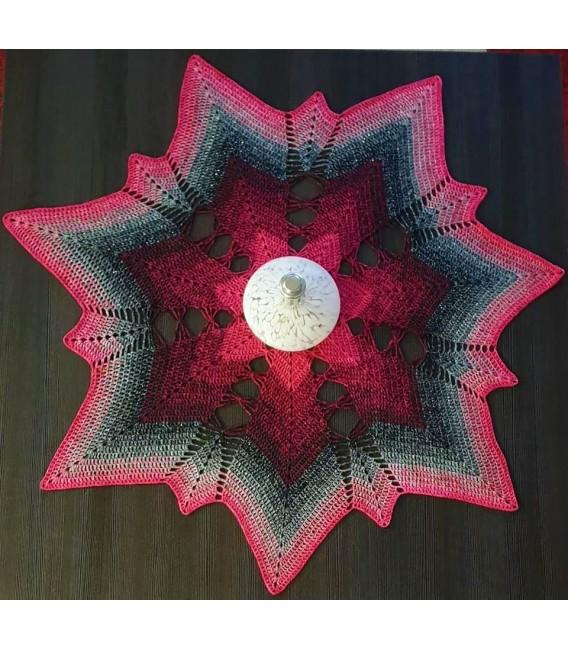 Hippie Lady - Angel - 4 ply gradient yarn - image 8