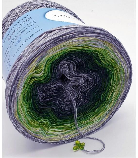 Hippie Lady - Marita - 4 ply gradient yarn - image 3
