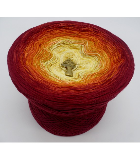 Herbstlaub (autumn leaves) - 4 ply gradient yarn - image 2