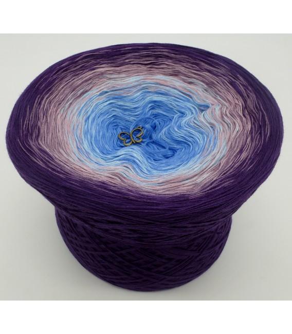 gradient yarn 4ply Mr. Moon - Purple outside