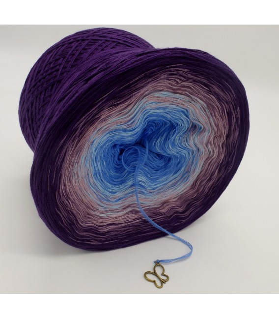 gradient yarn 4ply Mr. Moon - Purple outside 3