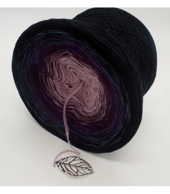 Wonderful Life - 4 ply gradient yarn - image 5