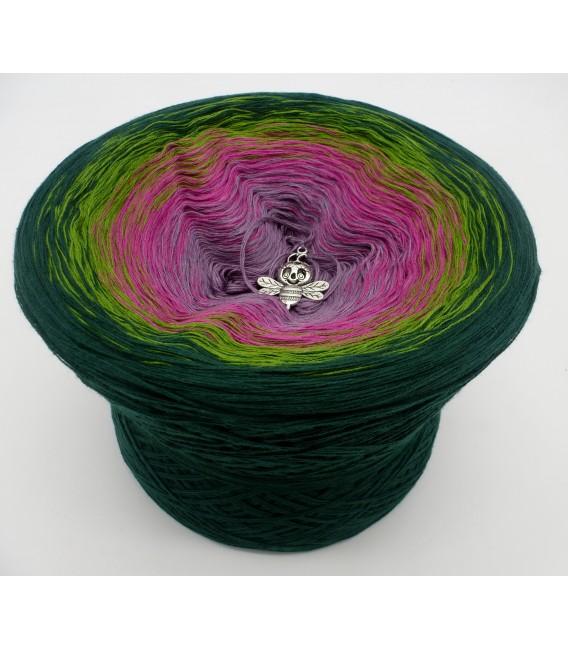 gradient yarn 4ply Blühende Heide - fir green outside