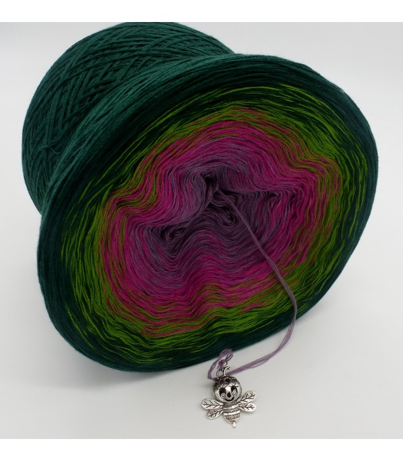 gradient yarn 4ply Blühende Heide - fir green outside 3